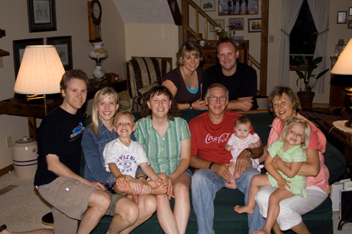 vanderveen-family-shot-small.jpg