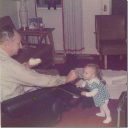 GranddaddyfeedingR_edit